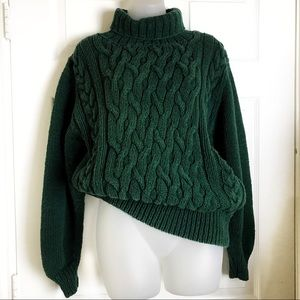Abercrombie & Fitch green turtlekneck sweater 🍁
